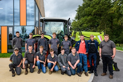 NEW APPRENTICES COMMENCE TRAINING