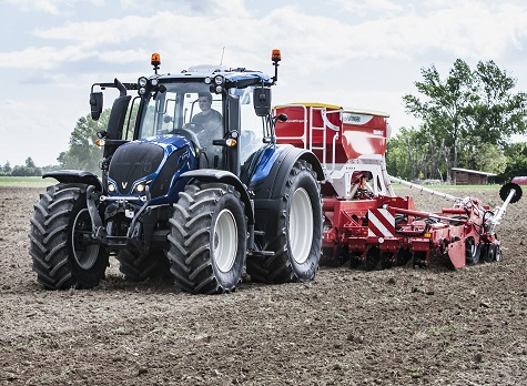 BIGWOODS AGRI TAKE ON VALTRA